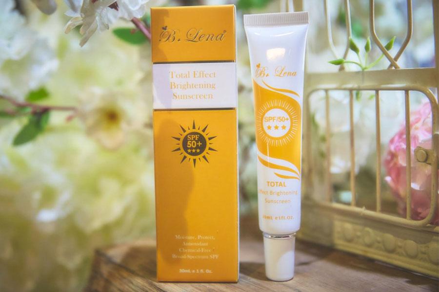 Kem Chong Nang Vat Ly Blena Total Effect Brightening Sunscreen Spf50