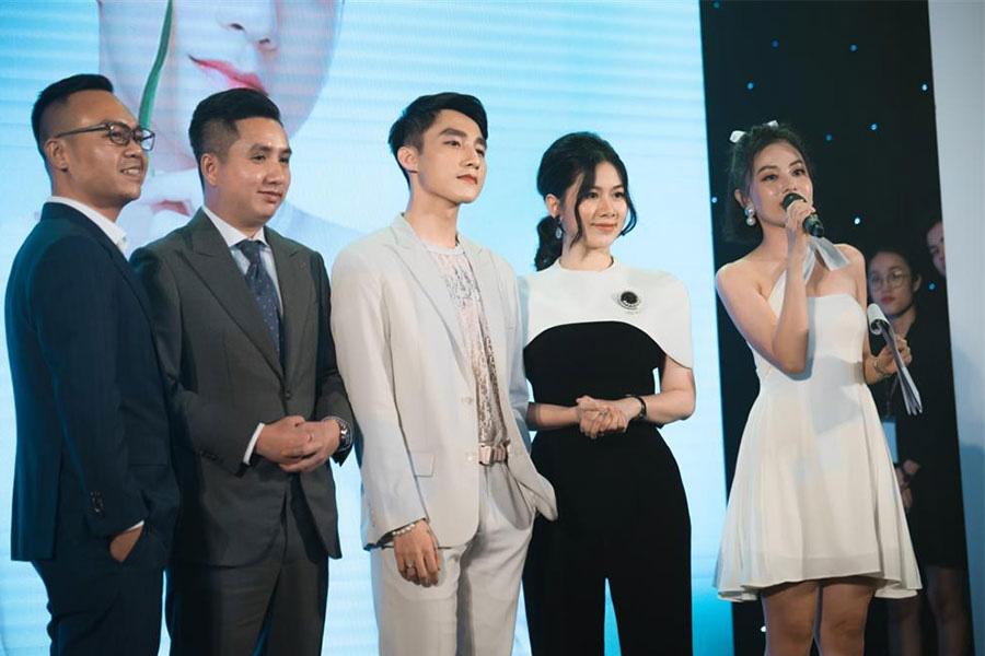 Son Tung Mtp Chinh Thuc Xac Nhan Tro Thanh Nguoi Dai Dien Mat Na M Lab